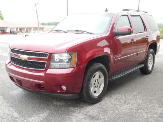 07-Chevrolet-Tahoe-002