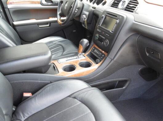 10-Buick-Enclave-009