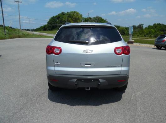 12-Chevrolet-Traverse-004